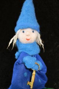 """Dukketeater: """"Blånissen og den magiske nøkkelen""""! @ Auditoriet, Nye Grimstad bibliotek"""